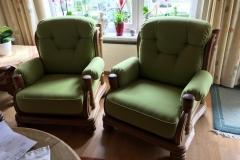 tolle-Holzgestell-mit-neuen-Sitzschalen-versehen